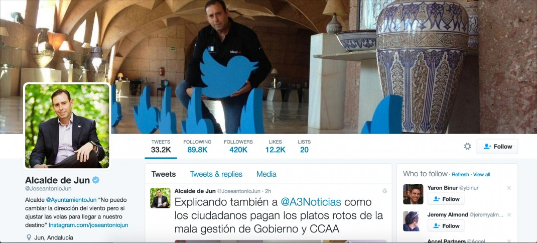 José Antonio Rodríguez Salas runs his town on twitter and here is his profile